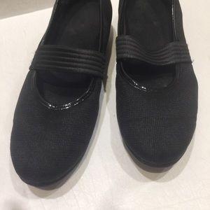Munro Walking Shoes XL Light Sz 8